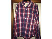 Mens Hollister Shirt, Medium - nearly new. £15 ONO