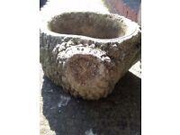 2 lovely garden Pots
