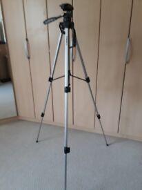 Camera Aluminium Tripod Ambico V-0556 as new