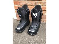 Burton snowboard boots size 8