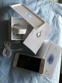 iPhone SE Silver 64GB - unblocked
