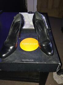 Black leather Karen Millen court shoes