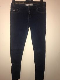 Woman's hollister jeans size 9