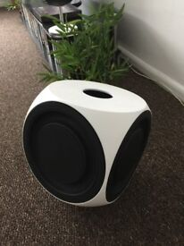 Bang & olufsen beolab 2 White PRISTINE UNMARKED CONDITION, BOXED.