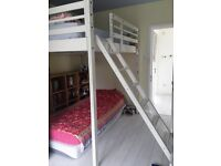 Queen size bunk mezzanine bedframe, white, with ladder; brand: espace loggia