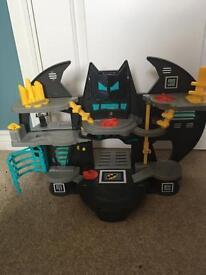 Imaginext Batman Batcave boys toy