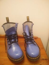 r Martens 1460 W Womens Patent Leather Boots Lilac