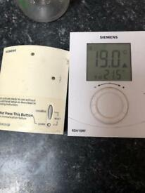 Free siemens wireless thermostat and reciever in chessington