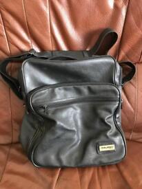 Travelan bag