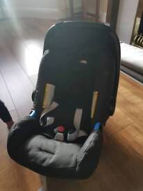 Britax baby car seat/carrier