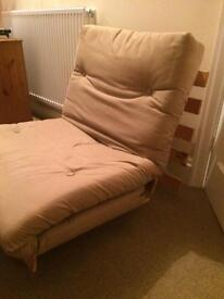 Futon seat bed excellent condition.