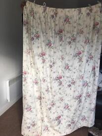 Cream flower curtains