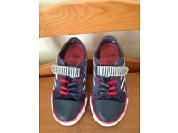 CLARKS TRAINERS/SHOES - SIZE 9F