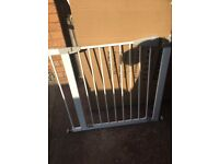 Baby safety gate/ dog gate