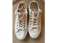 Converse - women shoes in white