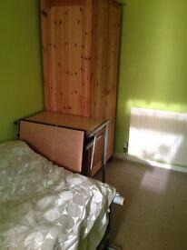 Didcot.Single room