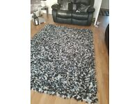 large silver & black rug 8x5 ...great condition