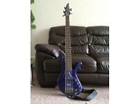 Ibanez Ergodyne EDA905 - 5 string bass guitar