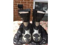 MOTORCYCLE BOOTS SIZE 7