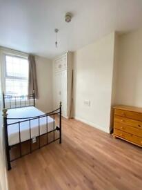 Spacious Single room at Acton, 2 weeks deposit, All bills inclusive