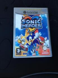 """Hi.. I have for sale;Nintendo GameCube """"SONIC HEROES"""""""