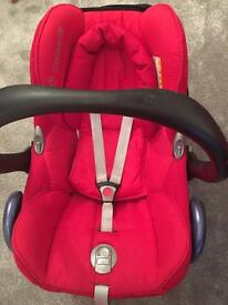 Red maxi cosi car seat and easy fix base