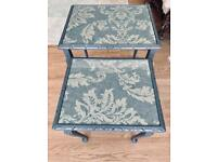 Vintage Pair of Retro Nesting Tables with Glass Top. Good condition! I can deliver
