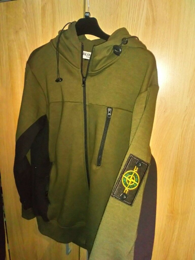 0ade3a42e88 Stone island green and black tracksuit size m-L | in Blaydon-on-Tyne, Tyne  and Wear | Gumtree