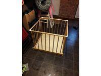 Wooden Playpen Excellent condition, suitable for child, puppy etc
