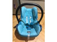 Maxi Cosi Cabriofix blue teal only used once in car