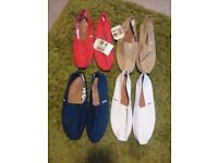 Toms Classics Mens Canvas Espadrille Slip On Shoes 4 pairs Size 9 UK - (3 new, 1 worn once)