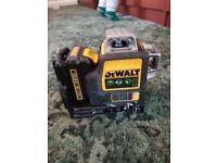 DeWalt 10.8V laser level green
