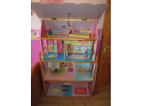 Dolls house (Barbie size)
