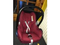 Maxi cosi carbiofix car seat with isofix base