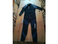 """New Osprey Men's Full Length Wetsuit 2.5mm Neoprene. Small/36.5"""" Chest wet suit"""