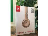 Beats solo3 wireless headphones Gold