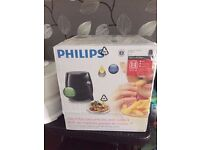 * BRAND NEW BOXED Philips HD9220/20 Healthier Oil Free Airfryer - Black RRP £149 *