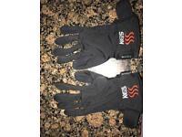 Keis heated gloves