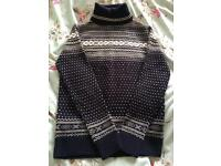 Asos and Soul star Christmas jumpers Medium