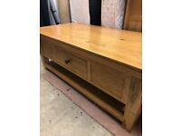 Solid Oak Coffee Table - 120cm x 60cm x 46cm - Excellent Condition