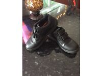 School shoes size 2 boys