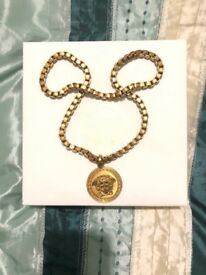 Versace chain. Real in good condition comes with box