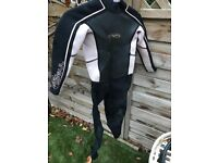 Girls gul wetsuit size junior xs