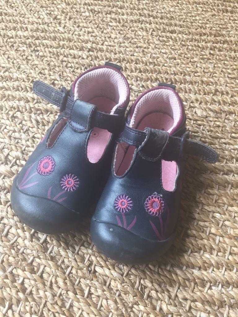 Start Rite girls shoes 5E