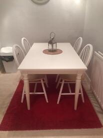 White extendable dining table (Ikea)