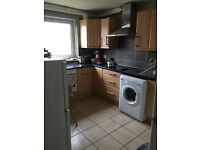 **2 - Bed Room - F/F/Flat * TO LET (Stockfield Road , Walthamstow , E17 3LJ) **
