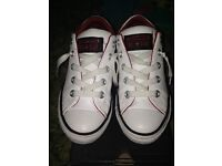 White leather slip converse size 1