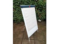 Nobo Flipchart Easel with Paper