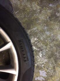 "19"" bmw 5/7 series bmw alloy wheels and pirelli run flat tyres"