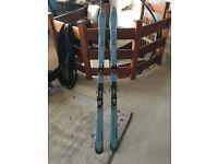 Salomon skis and bindings 175cm - with FREE travel bag